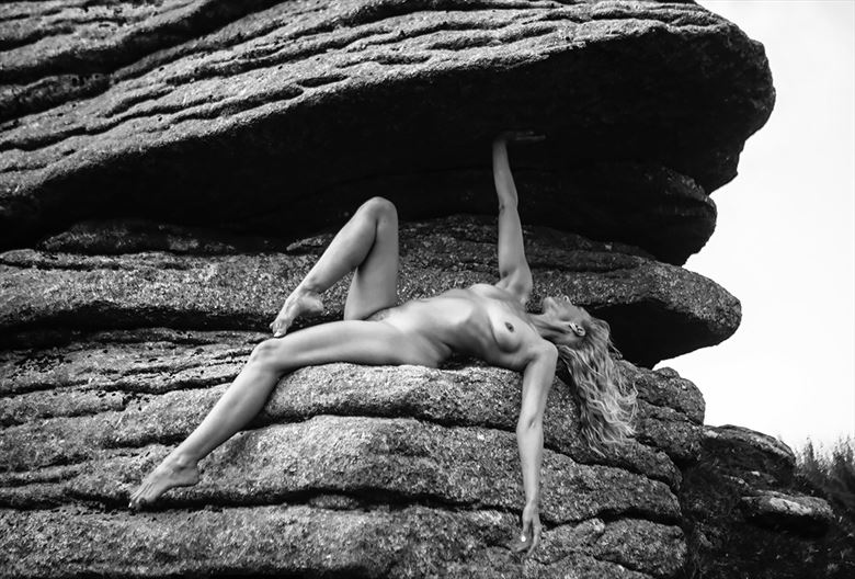 beneath the tor artistic nude photo by model selkie