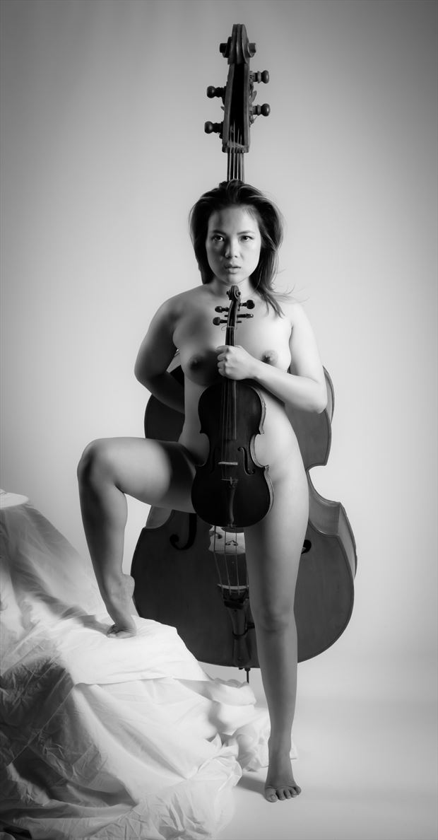between artistic nude photo by photographer allan taylor