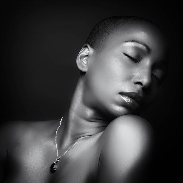 black beauty portrait photo by photographer josjoosten