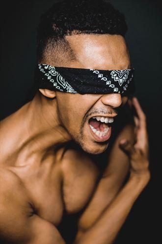 blind yell studio lighting artwork by photographer rxb photography