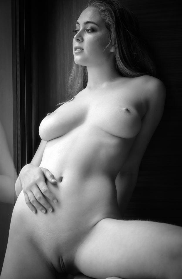 blonde model california artistic nude photo by photographer voluptuary media