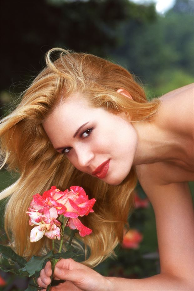 blonde with flower portrait photo by photographer glamour by richmond