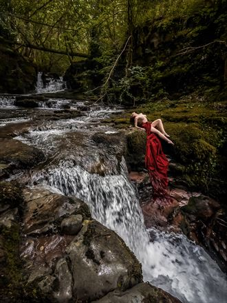 blood river artistic nude photo by photographer ceri vale