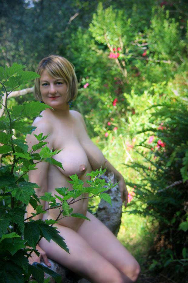 blooming bower boobs artistic nude photo by artist annedelion