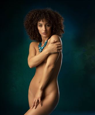 blue necklace artistic nude photo by photographer richard byrne