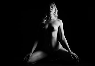 bobbi castle shadow walkers iv artistic nude photo by photographer oliver godby