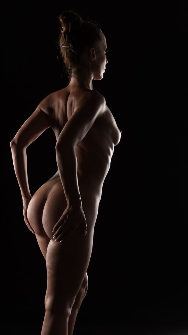 body curves and light curves artistic nude photo by photographer arcis