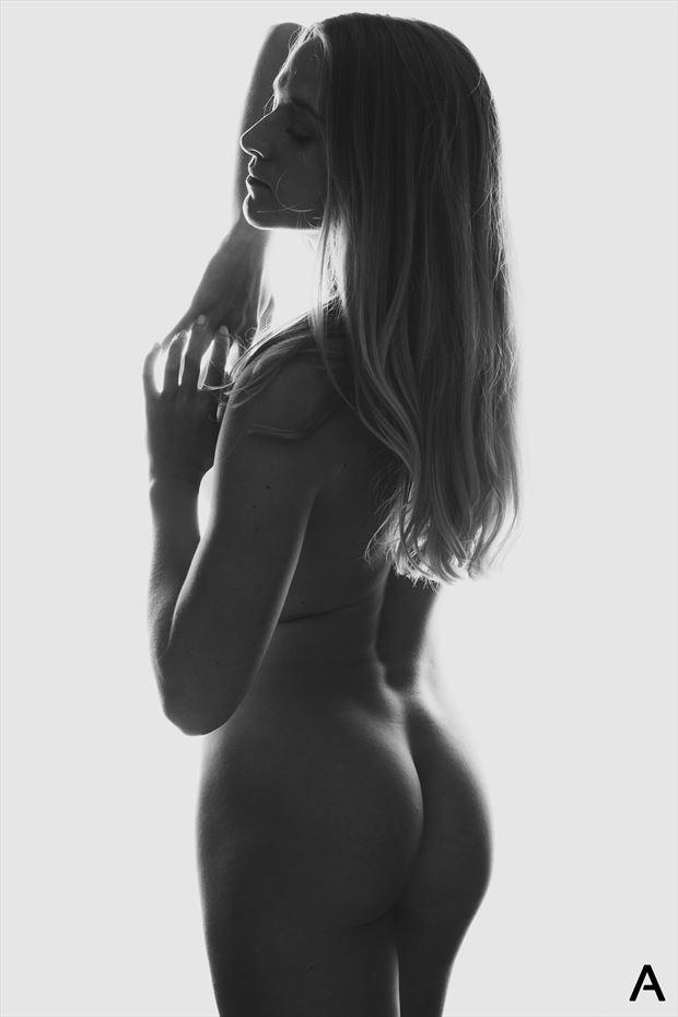 body scape 1 figure study photo by photographer apetura