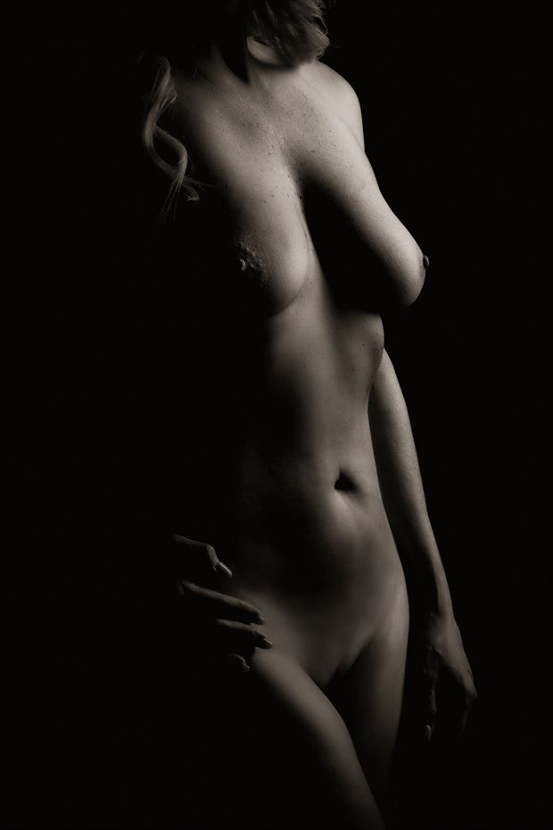 bodyscape artistic nude photo by photographer ken greenhorn