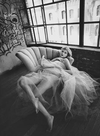 bonsoir artistic nude artwork by model nikol bee