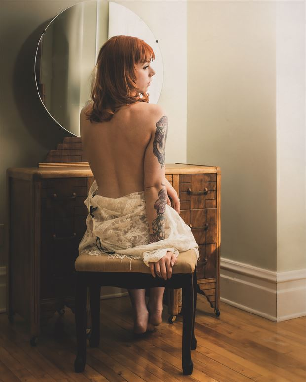 boudoir artistic nude photo by photographer fischer fine art