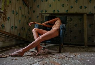 break time of life artistic nude photo by photographer jyves