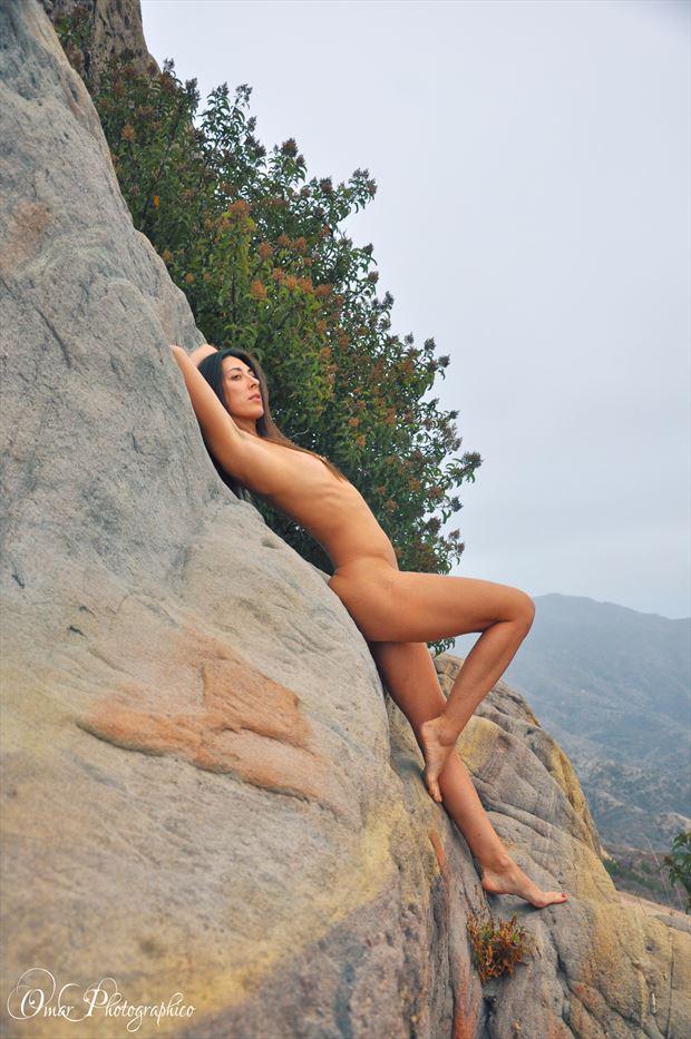 brett in malibu artistic nude photo by photographer omar photographico