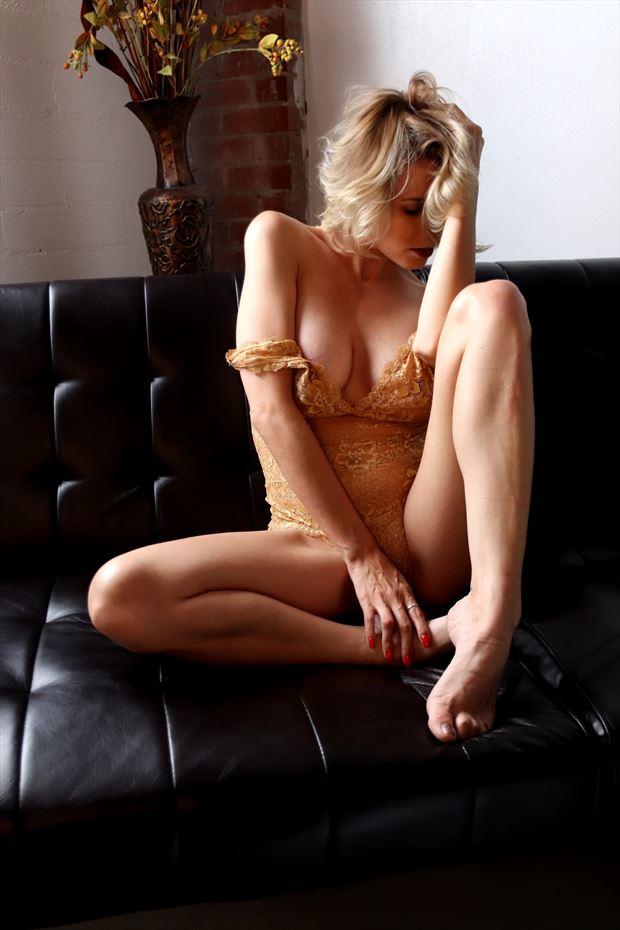 brittney golden sun lingerie photo by photographer dan stone photography