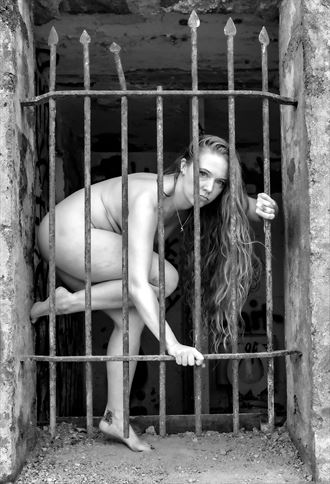 caged but not controlled artistic nude photo by photographer gpstack