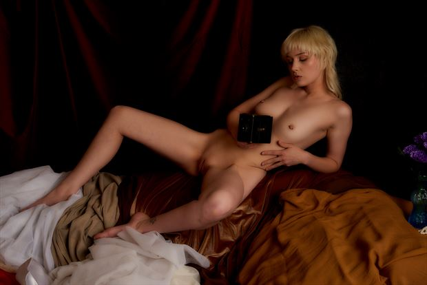 camera shy artistic nude photo by photographer tfa photography