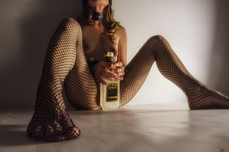 casual drink artistic nude photo by model ellewoodsnq