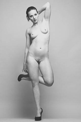 cat artistic nude photo by photographer stromephoto