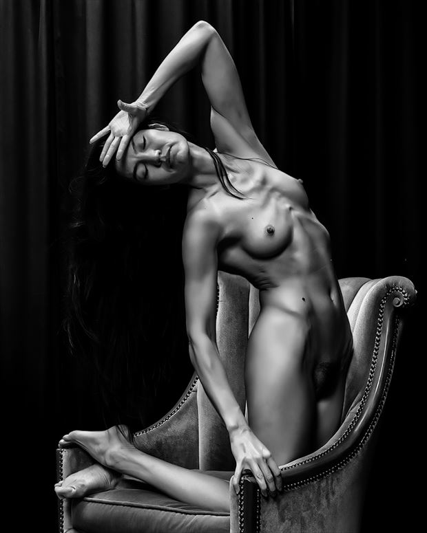 cat at weston workshop artistic nude photo by photographer robert m bennett