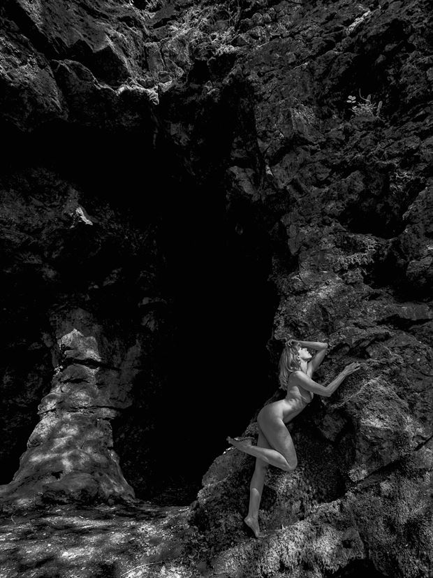 caving in artistic nude photo by model selkie