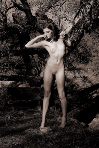 central arizona artistic nude photo by photographer ray valentine