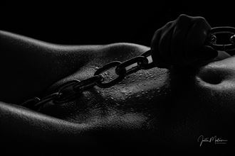 chains artistic nude artwork by photographer justin mortimer