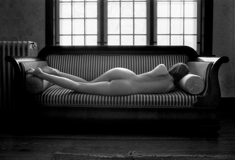 chantal on couch 2 artistic nude photo by photographer joris