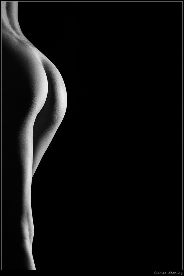 chassis artistic nude photo by photographer thomas doering