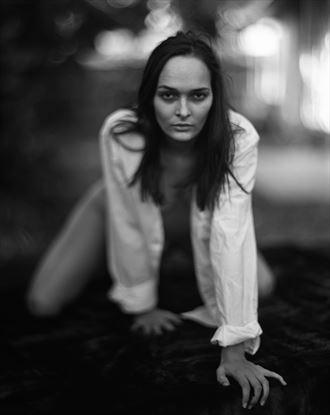 chiaroscuro implied nude photo by photographer dwayne martin