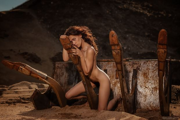 chicomecoatl artistic nude photo by photographer anders nielsen