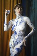 chinoiserie queen body painting photo by model louise rosealma