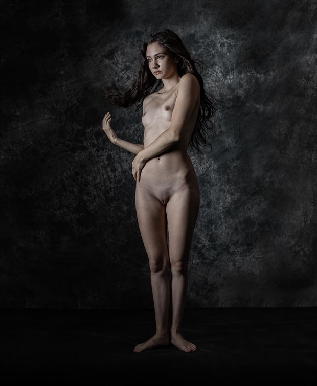 chloe standing artistic nude photo by photographer thatzkatz