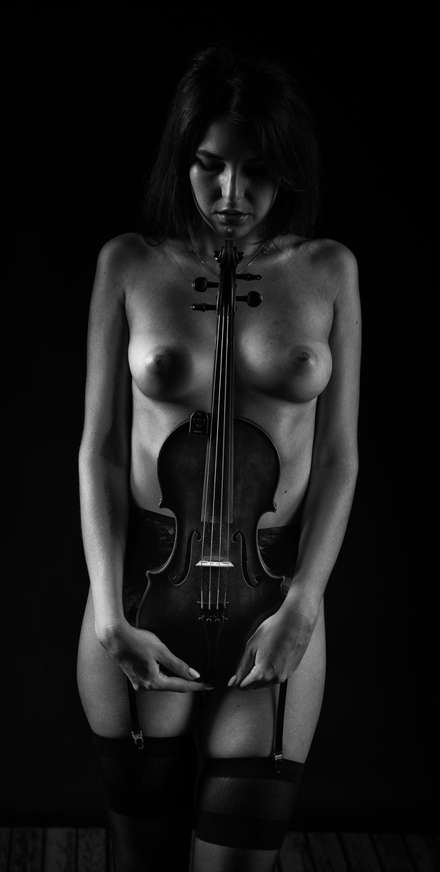 classical nude and music artistic nude photo by photographer arcis