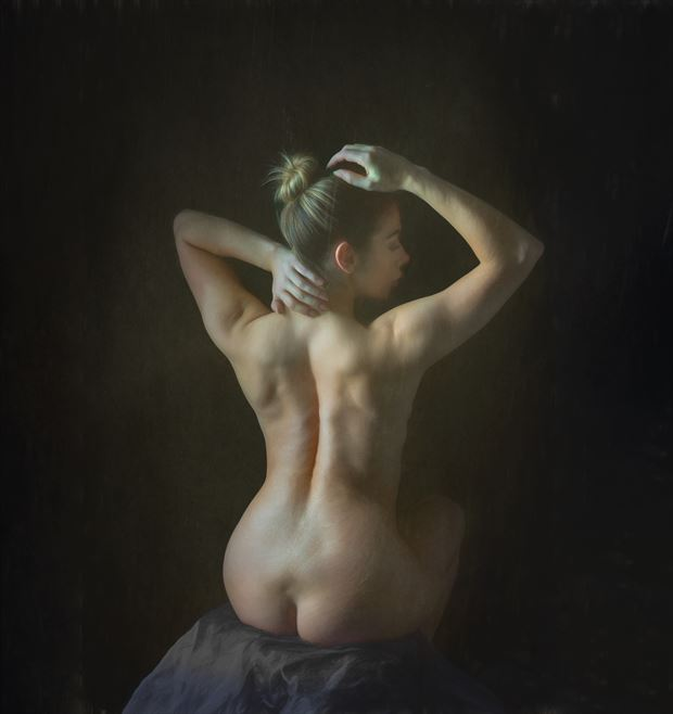 classical style nude artistic nude photo by photographer colin dixon