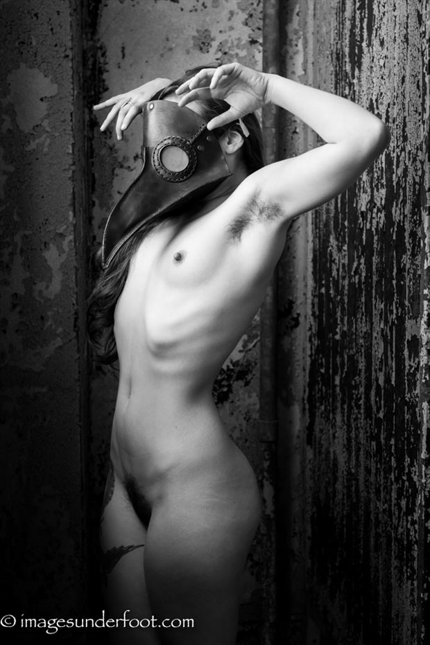 claws artistic nude photo by photographer greg holden