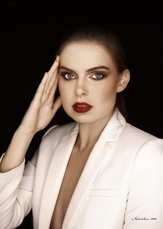 close up fashion photo by photographer nikzart