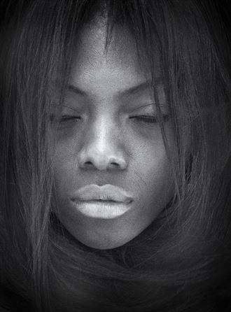 close up portrait photo by photographer alavi