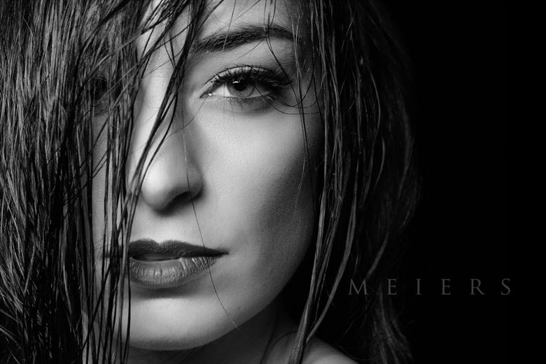 close up studio lighting photo by photographer meiers