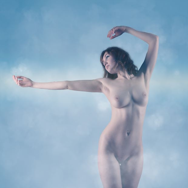 cloudlight artistic nude photo by photographer musingeye