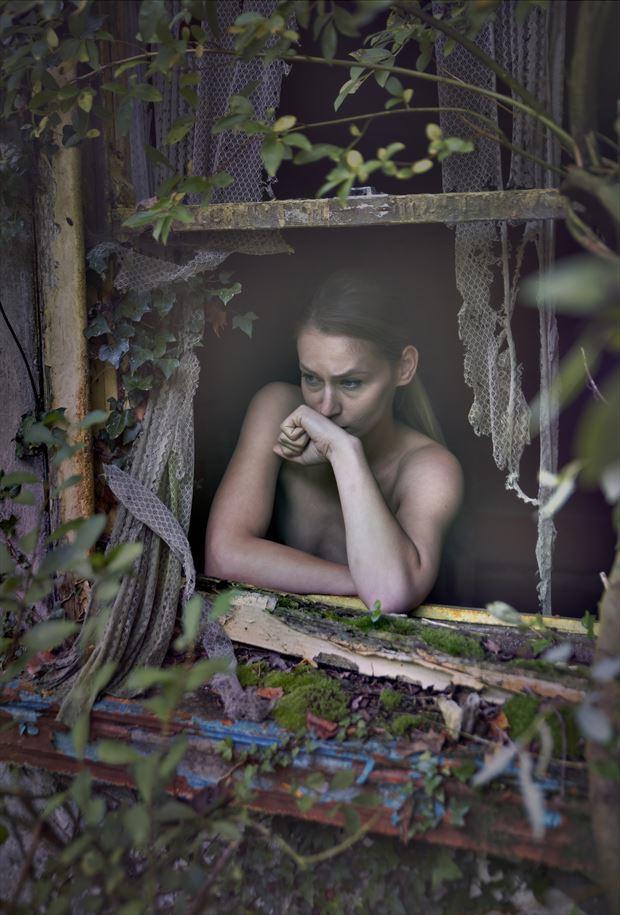 colour blind portrait photo by photographer douglas ross