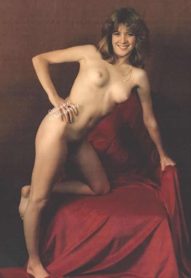 come a little bit closer artistic nude photo by photographer alan james