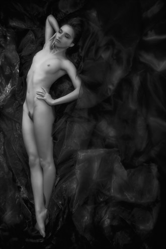 comfort Artistic Nude Photo by Photographer Enrico Garofalo