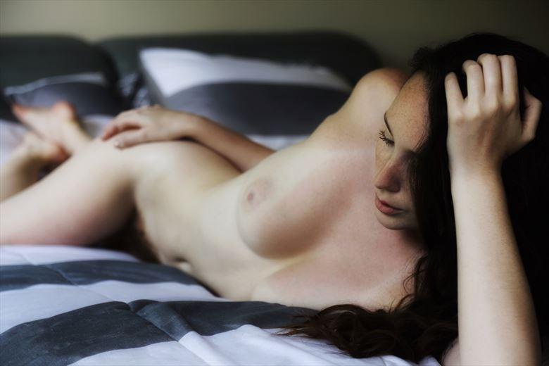 comfortable artistic nude photo by photographer ashleephotog