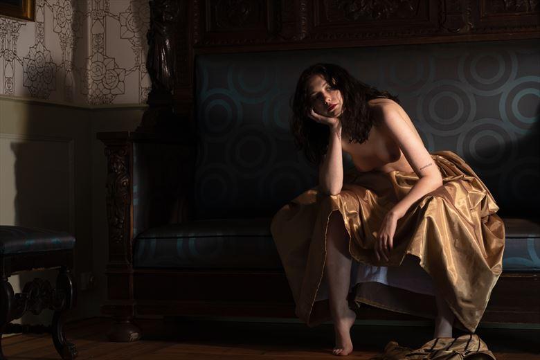 contemplation artistic nude photo by photographer lene damtoft