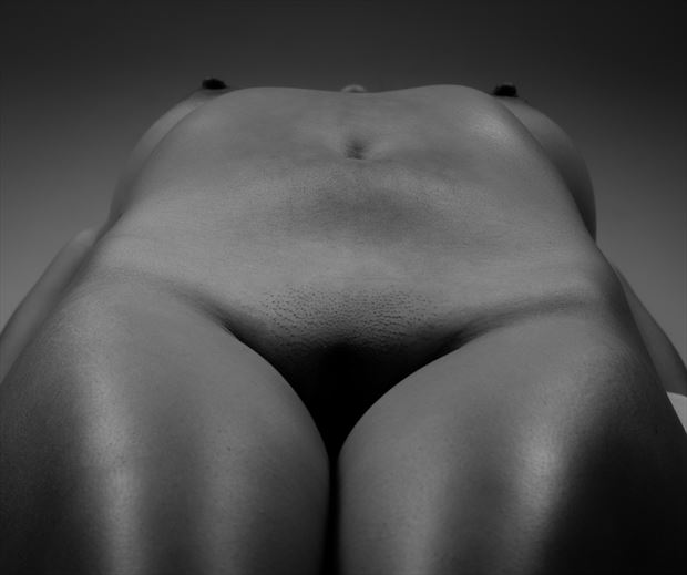 contours artistic nude photo by photographer allan taylor