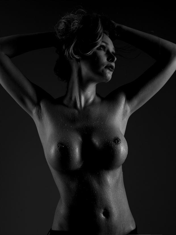 courtney artistic nude photo by photographer richard benn
