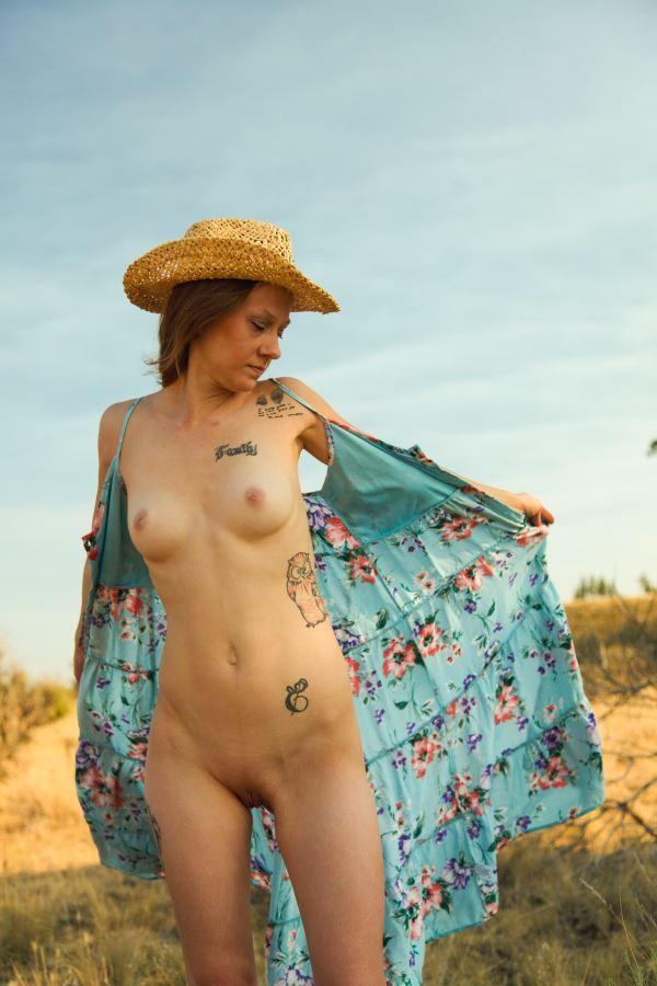 cowgirls do it better artistic nude artwork by model missshawnak