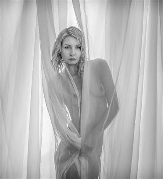 crazy good artistic nude photo by photographer mikeal brecks