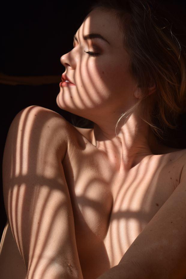 cross my heart nature photo by model katarina keen