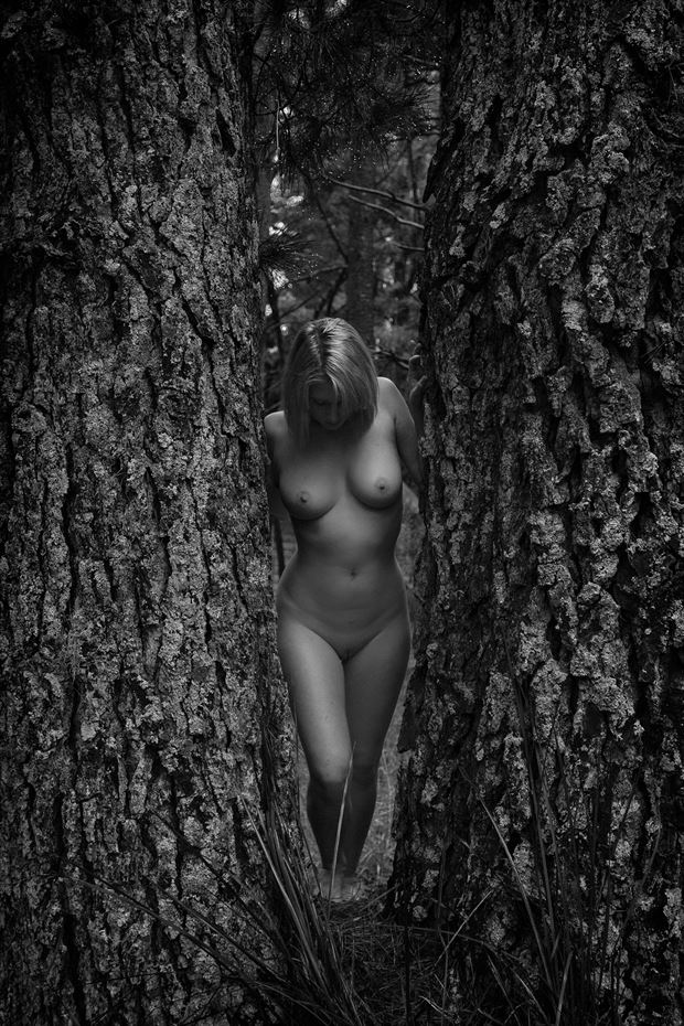crossing the threshold artistic nude photo by photographer unmasked
